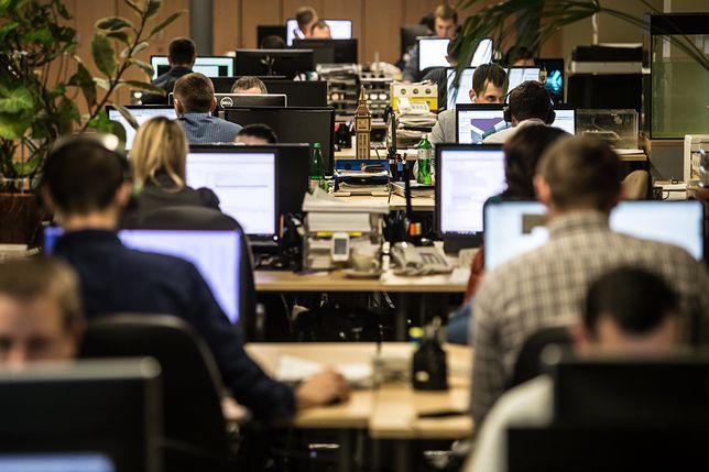 Ponad połowa Polaków nie chce pracować w Wielki Piątek. Sondaż