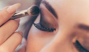 Do doskonałego makijażu i oczyszczania skóry przyda się kilka dobrych gadżetów