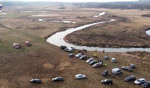 Samochód radnego znaleziono w rzece Krzna. Trwają poszukiwania mężczyzny