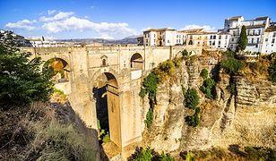 Romantyczne wakacje w Hiszpanii – który rejon wybrać?