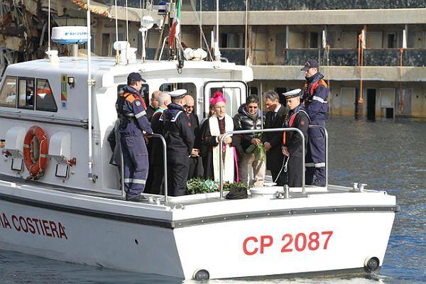 Rocznicowe uroczystości na wyspie Giglio na Morzu Tyrreńskim, gdzie doszło do katastrofy.