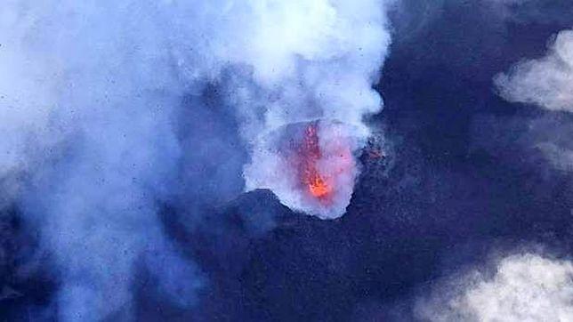 Wulkan Manaro Voui może wybuchnąć lada moment.