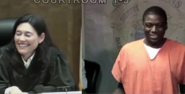 Sędzia z Florydy znowu rozpoznała w przesłuchiwanym znajomego. Byli razem na wakacjach