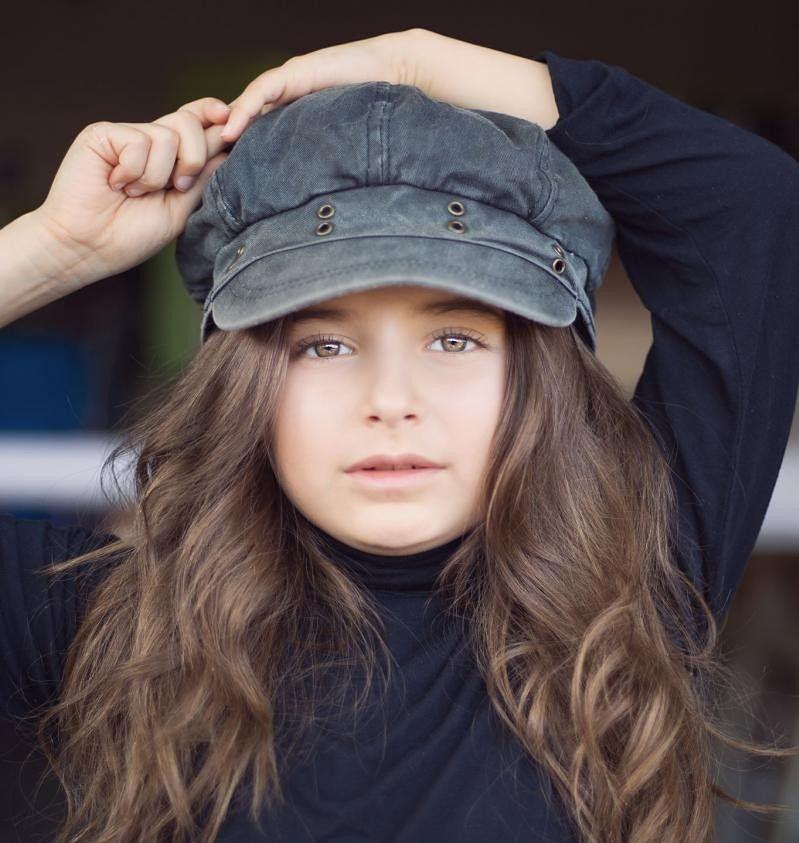 Natasza Jarosz zadebiutowała na wybiegu. Ma polskie korzenie [facebook.com]