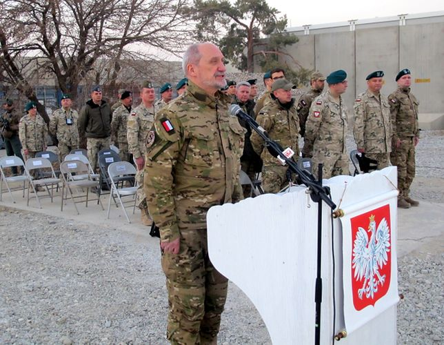 Antoni Macierewicz w Bagram (Afganistan)