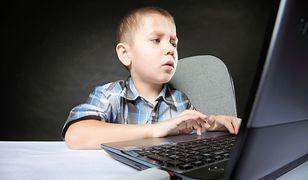 """""""Challenge"""" to tylko jedno z zagrożeń, jakie dla dzieci niesie internet."""