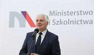 Wicepremier Jarosław Gowin podczas konferencji