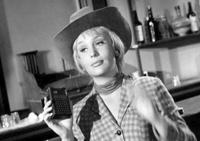 """Joan Staley w serialu """"Batman"""" (1966)"""