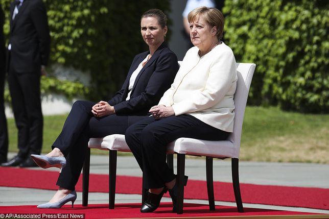 Angela Merkel odsłuchała hymnów na siedząco