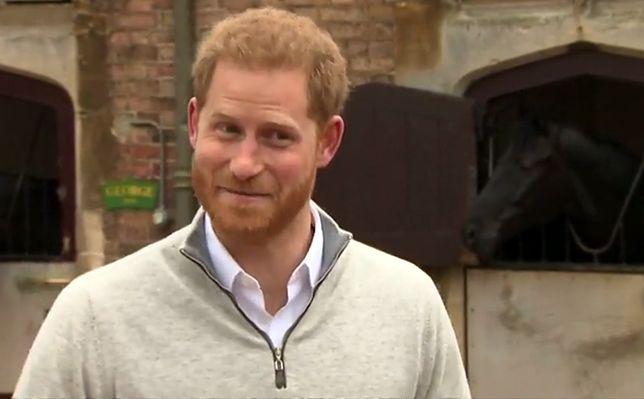 Książę Harry: jego prywatna korespondencja wyciekła do sieci. Królowa nie będzie zadowolona