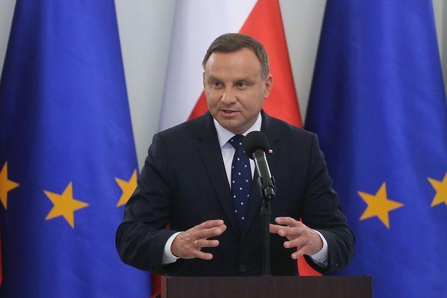 Prezydent Andrzej Duda przypomniał, jak to jest z konstytucyjnością ustaw