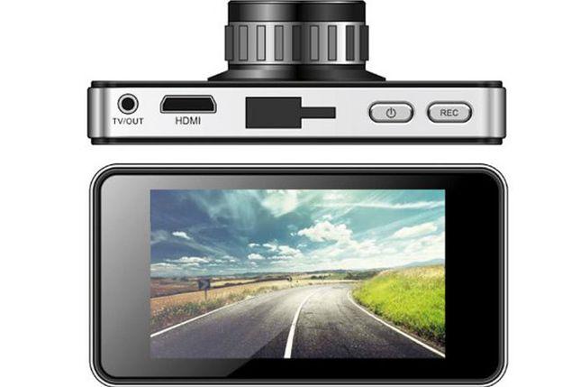 Nowy rejestrator samochodowy Manty z GPS