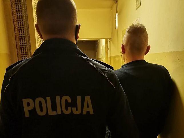 Śląskie. 26-letni mężczyznę w jednym ze sklepów w Jastrzębiu-Zdroju ukradł alkohol, a potem groził obsłudze.