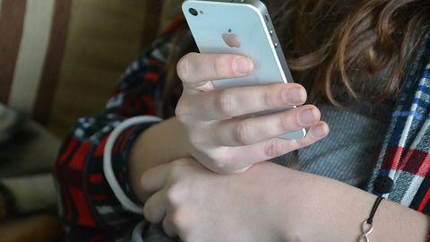 """Uwaga na """"SIM swapping"""". Można stracić oszczędności i nie tylko"""