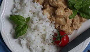 Kurczak w sosie orzechowym. Błyskawiczny i pyszny obiad