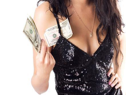 Hiszpańskie prostytutki noszą kamizelki odblaskowe