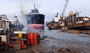Statki rozbierane są w amatorskich stoczniach