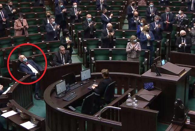 Sejm. Janusz Korwin-Mikke zasnął?