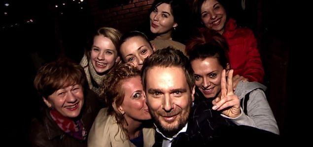 """""""Hell's Kitchen"""": Selfie Wojciecha Modesta Amaro z uczestniczkami programu!"""