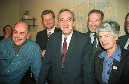 Kuroń prowadził negocjacje z SB