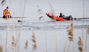 Giżycko. Tragedia na jeziorze. Dwóch wędkarzy nie żyje / zdjęcie ilustracyjne