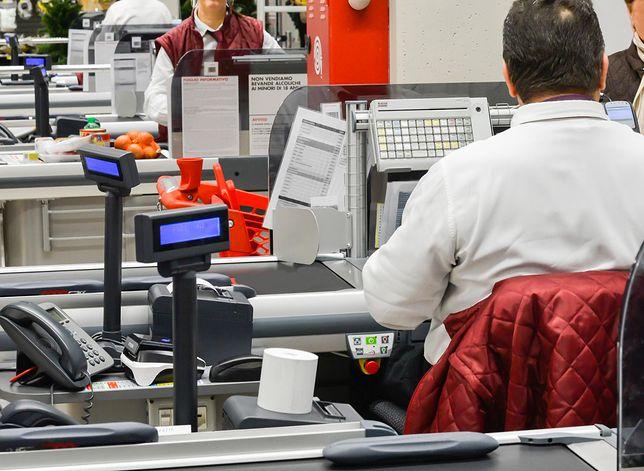 Pracownicy supermarketów w większości chcieliby zarabiać o 10 proc. więcej niż dotychczas.