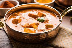 Rozgrzewa i syci. Czym jest tofu tikka masala?