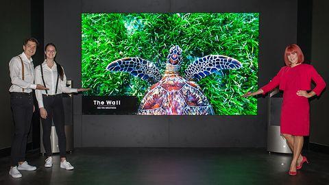 Samsung na IFA 2018: telewizor QLED 8K i zakrzywiony monitor ze złączem Thunderbolt 3