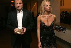 Żona miliardera nie do poznania! W trzy lata przeszła zaskakującą metamorfozę