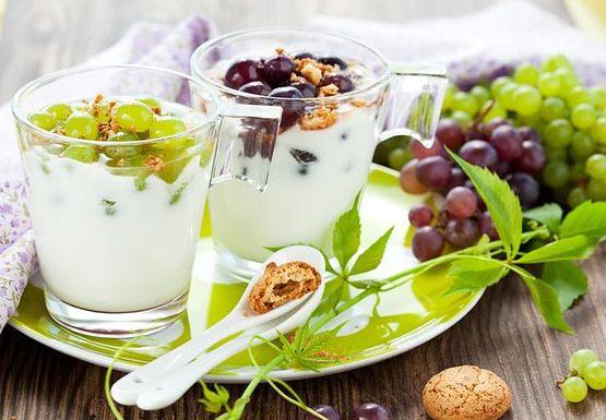 10 pomysłów z wykorzystaniem jogurtu greckiego