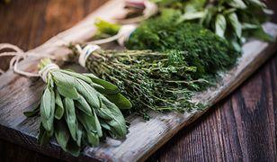 Warto wzbogacić swoją dietę o świeże zioła