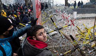Starcia z migrantami. Szturm na grecką granicę