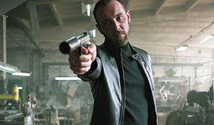"""""""Jak zostałem gangsterem"""" zmiażdżone w UK. Wyżej oceniali filmy Vegi"""