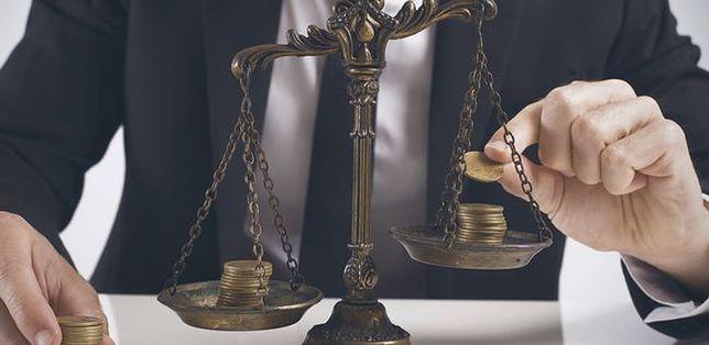 Adwokat znany z sądowego serialu ukarany dyscyplinarnie