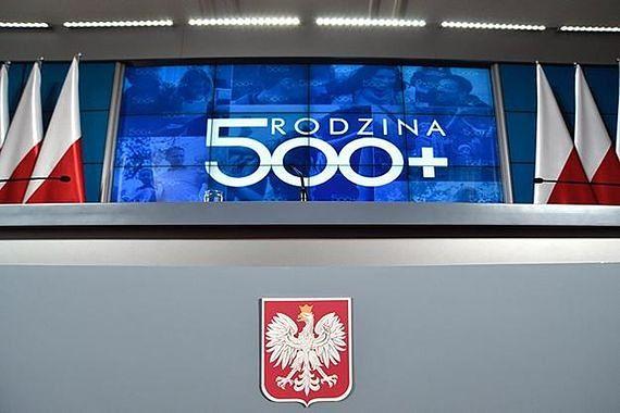 """Najwięcej wniosków o 500 plus w Warszawie. """"Będzie jeszcze więcej"""""""