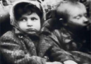 Niemcy wywieźli 130 tys. więźniów z Auschwitz, aby nie zostali wyzwoleni
