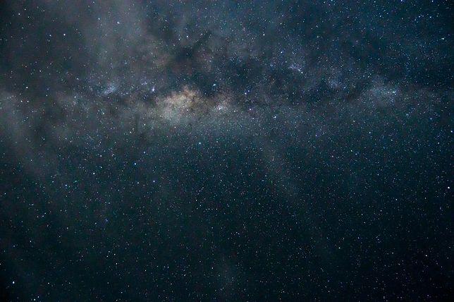 Niebo nocą w 2021 roku