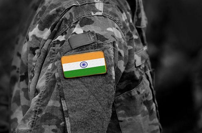 Wypadek samolotu wojskowego w Indiach
