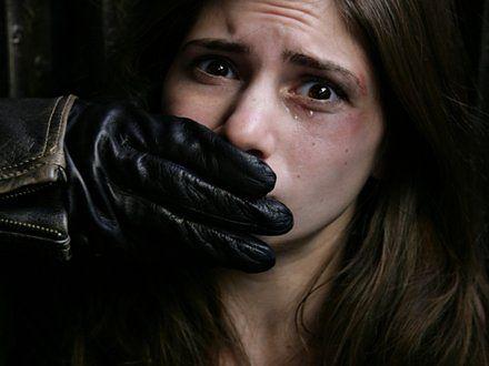 """W RPA mężczyźni """"leczą"""" lesbijki gwałtem"""