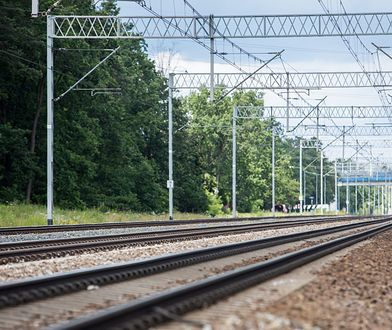 Wólka Grodziska. Mężczyzna zginął pod kołami pociągu [zdj. ilustracyjne]