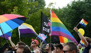 """Szczytniki znów przeciwko """"ideologii LGBT"""". """"Egzystencja ludzka stałaby się zagrożona"""""""