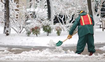 Śnieg spowodował utrudnienia na podhalańskich drogach