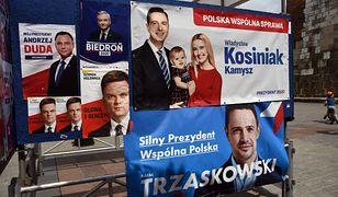Każde miasto zostało obwieszone banerami z wizerunkami kandydatów