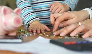 Zadłużenie alimenciarzy wynosi prawie 10,5 mld złotych.