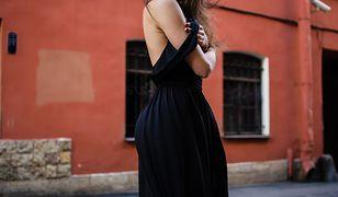 Nawet niewielki szczegół może sprawić, że sukienka będzie się wyróżniać