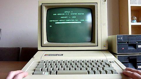 Między klawiszem a ekranem: w tym stare komputery są szybsze od nowych pecetów