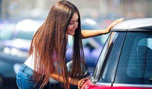 Kupujesz auto? Poznaj sprawdzony sposób na negocjację ceny