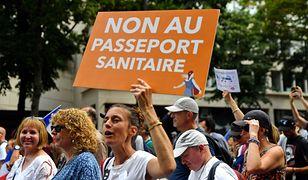 Demonstracje we Francji są prowadzone cyklicznie od wprowadzenia przepustek covidowych