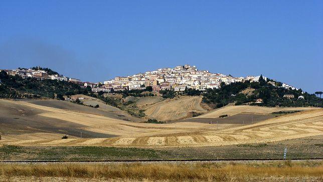 Panorama Candeli w południowych Włoszech