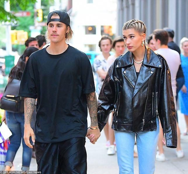 Para wygląda na szczęśliwą